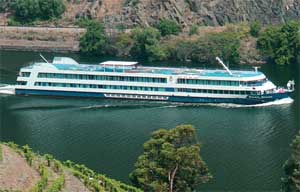 I3090 douro queen ship